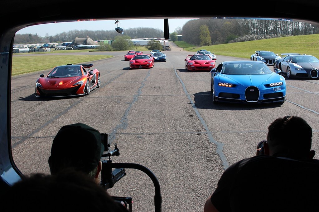 THE SECRET SUPERCAR MEET Filming from the van